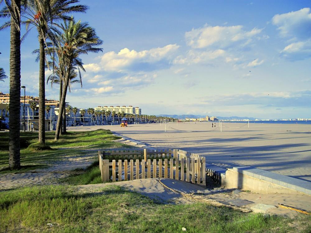 Пляж Патагона (Playa de Patacona)