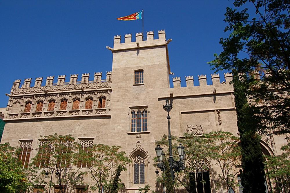 Здание Шёлковой биржи (Lonja de la Seda)