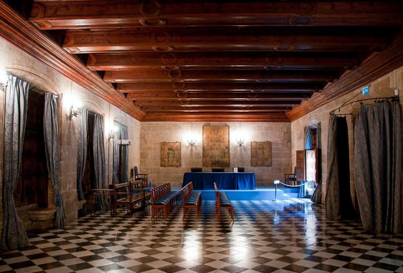 Зал заседаний Морского консулата (Salón del Tribunal)