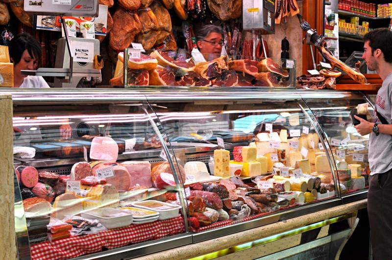 Мясные и сырные ряды Центрального рынка