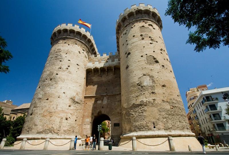 Ворота Куарт (Torres de Quart)