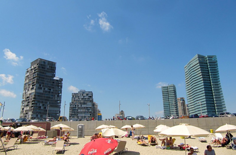 Llevant – самый дальний песчаный пляж Барселоны