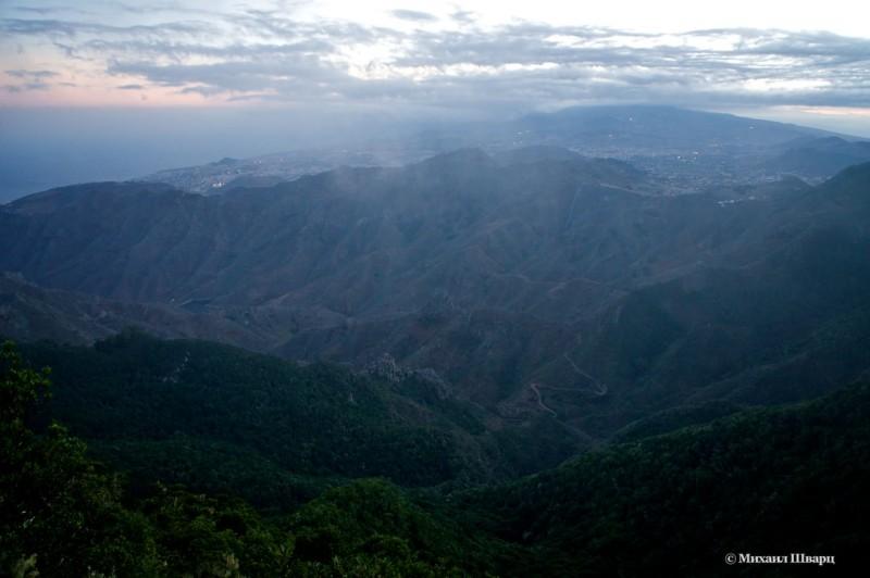 Вид со смотровой площадки Pico Del Ingles