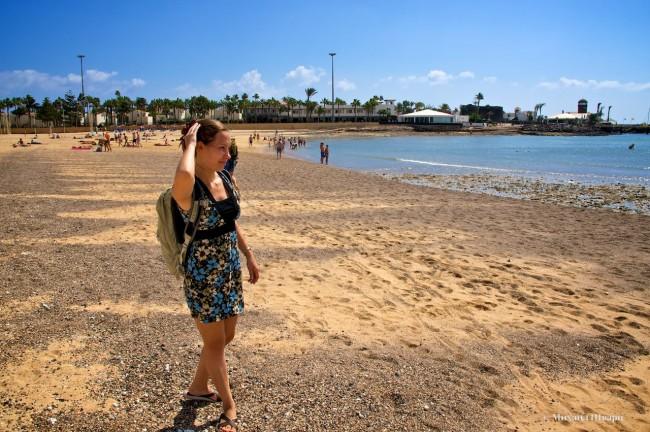 Лена не довольна пляжем