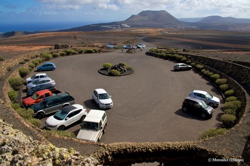 Парковка у комплекса Mirador del Río
