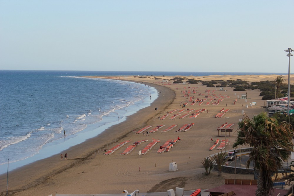 Золотистые пляжи Maspalomas (фото: Praktyczny Przewodnik)