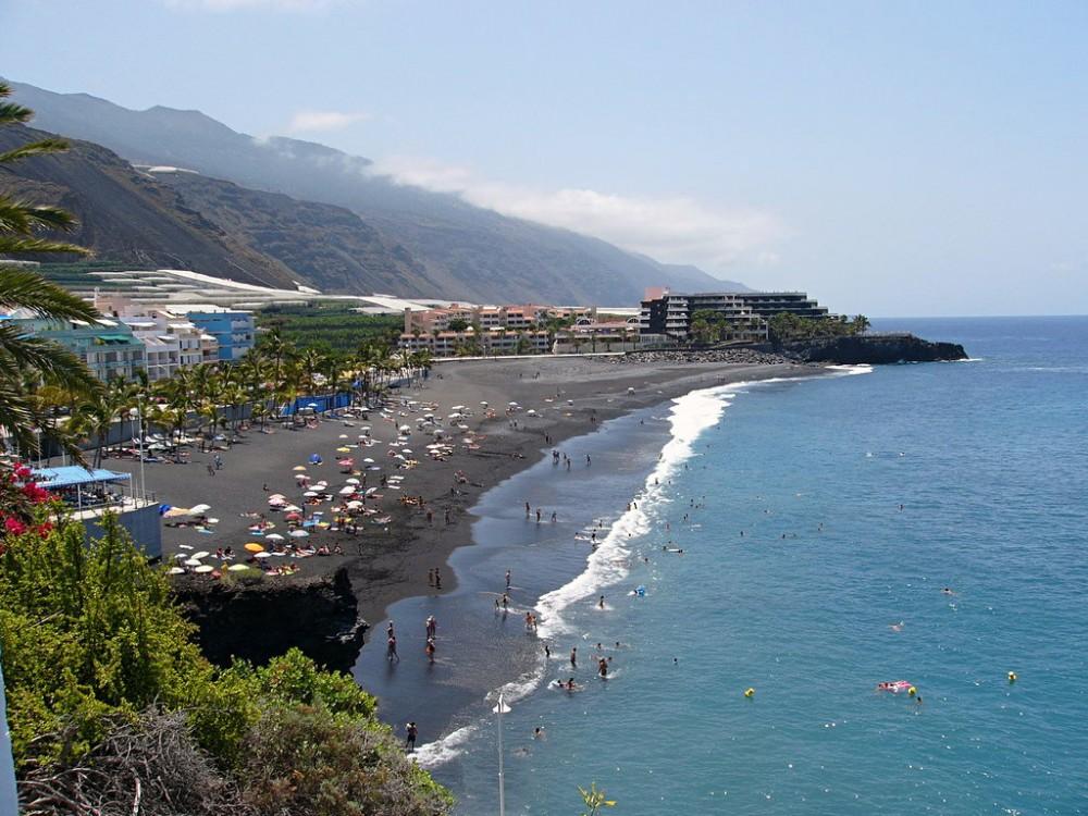 Пляж курорта (фото: aLBeRTo)