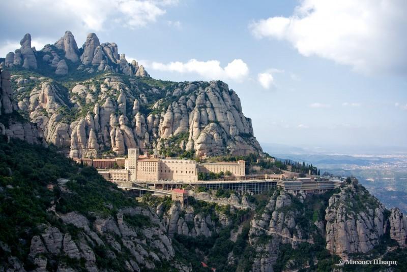 Бенедиктинский монастырь Montserrat