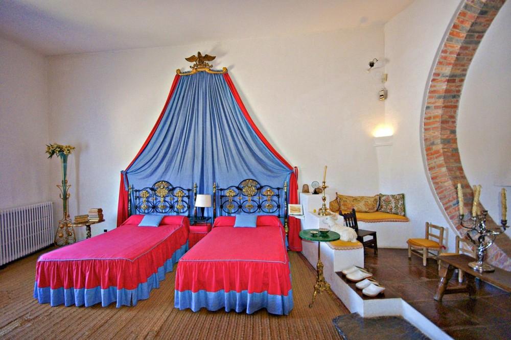 Спальня (фото: Ferran Pestaña)