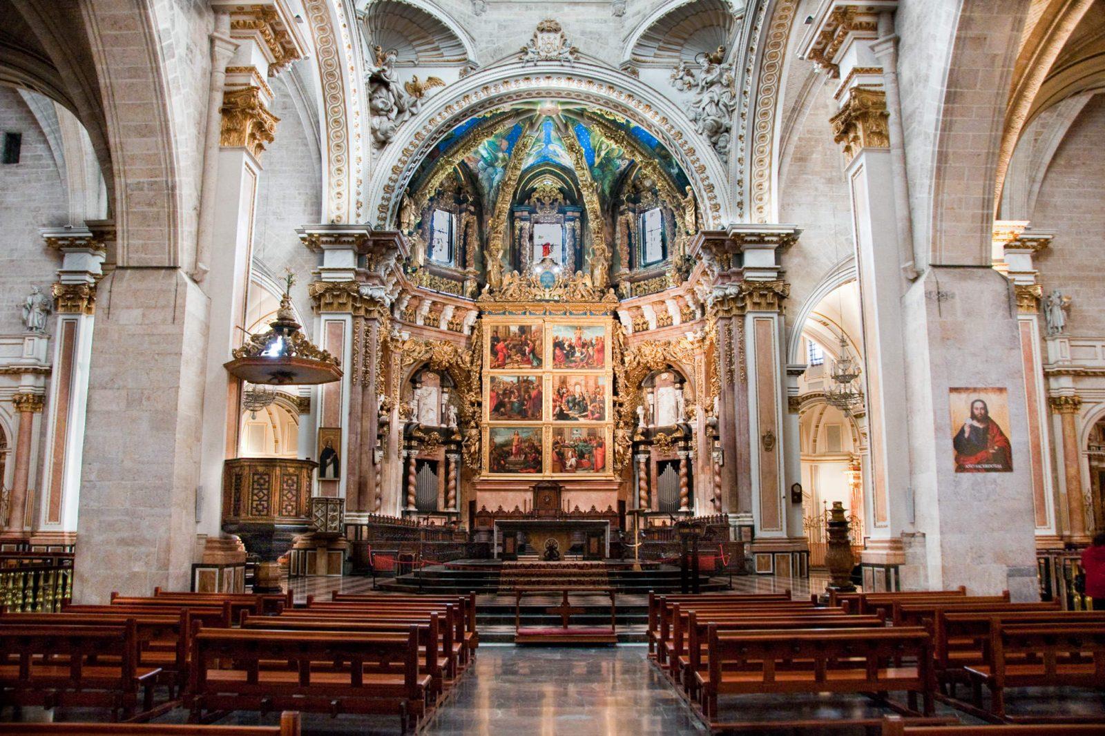 Алтарь кафедральный собора Валенсии (фото: Raffaele Nicolussi)