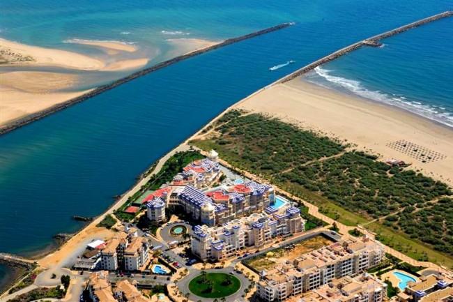 Пляж острова Canela