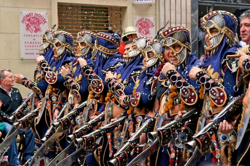 Исторический фестиваль «Мавры и христиане»