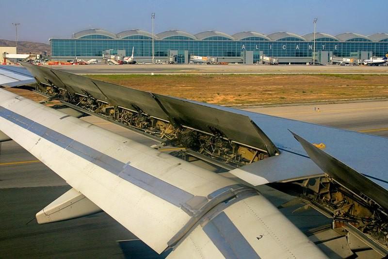 Аэропорт Alicante-Elche