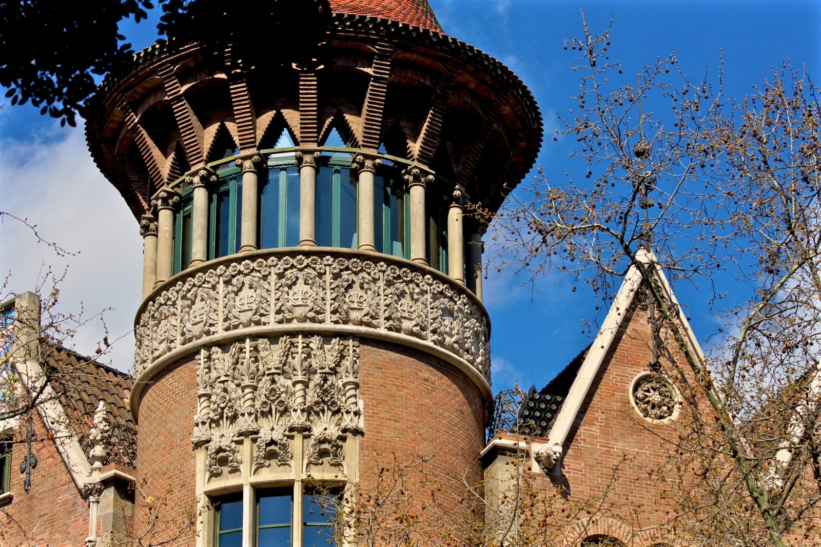 Самая высокая башня дома Террадес (фото: marimbajlamesa)