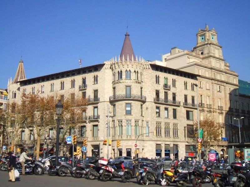 Дом Паскуаль-и-Понс (Cases Pascual i Pons)