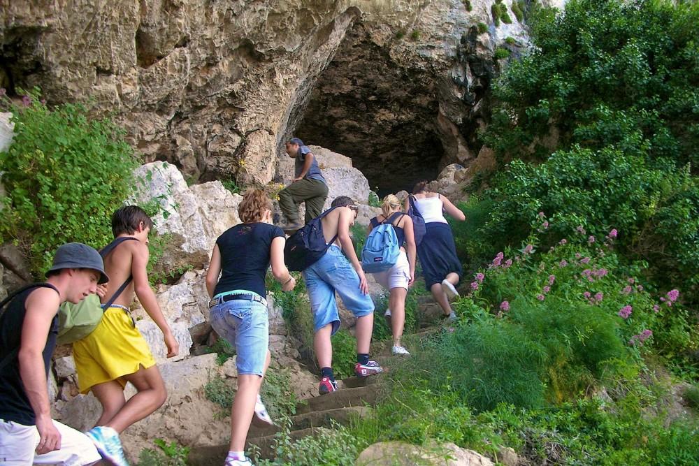 Пещера воды (фото: TLCdénia Escuela de Español)