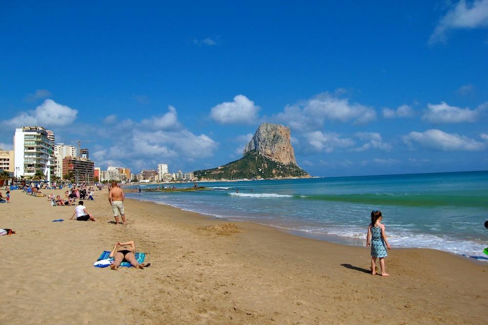 Пляж Arenal-Bol (фото: mustang98)