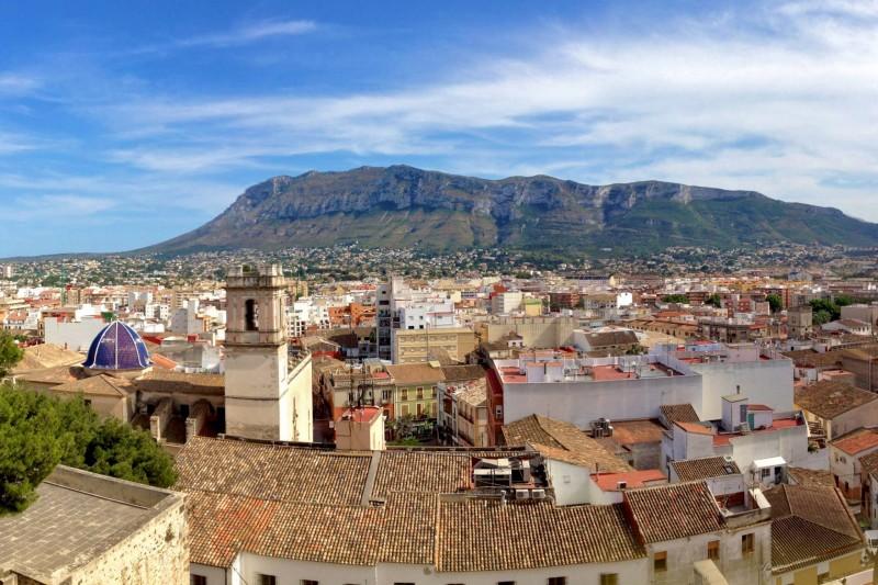 Старый город, вид с замка