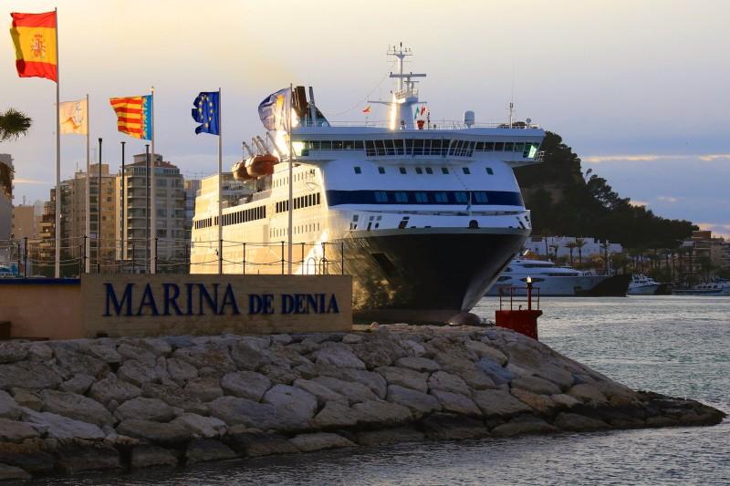 Порт Марина-де-Дения