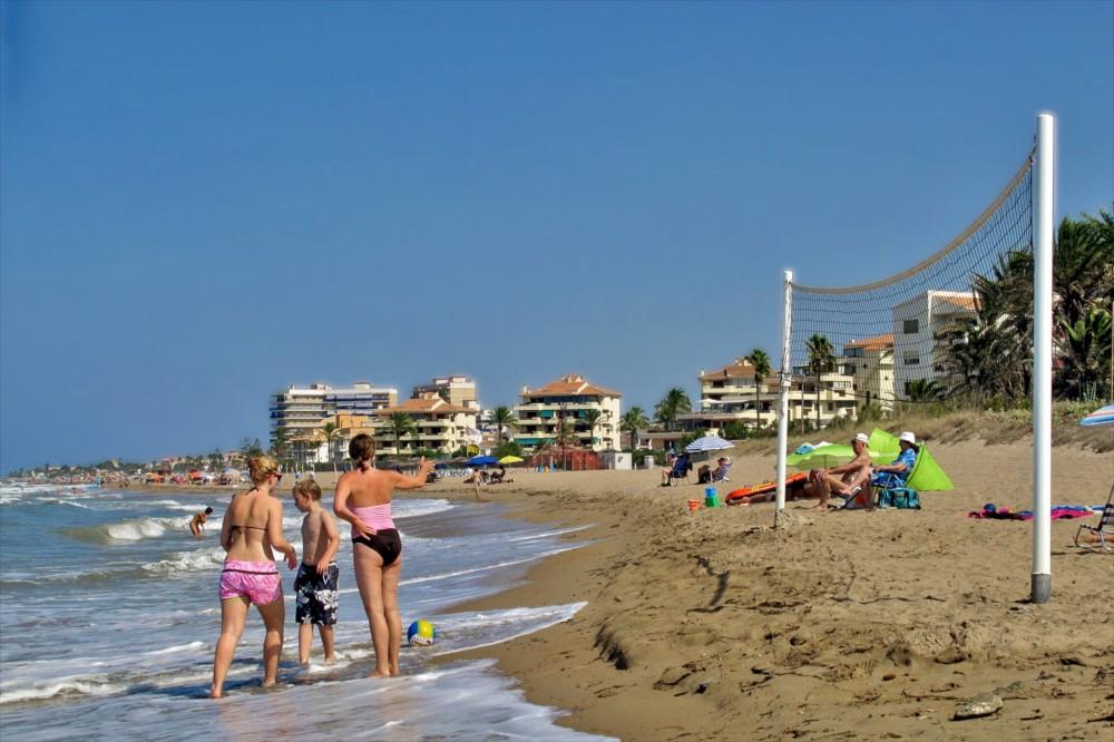 Пляж Les Bovetes (фото: David Wilson)