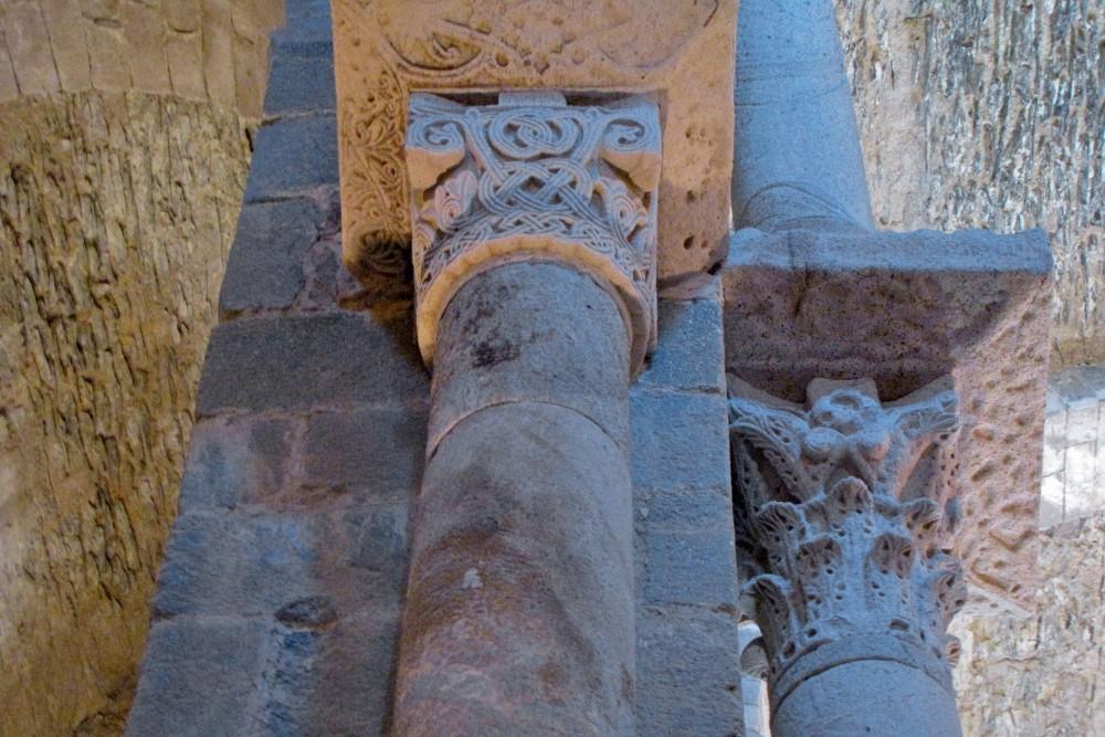 Колонны церкви (фото: Alberto)