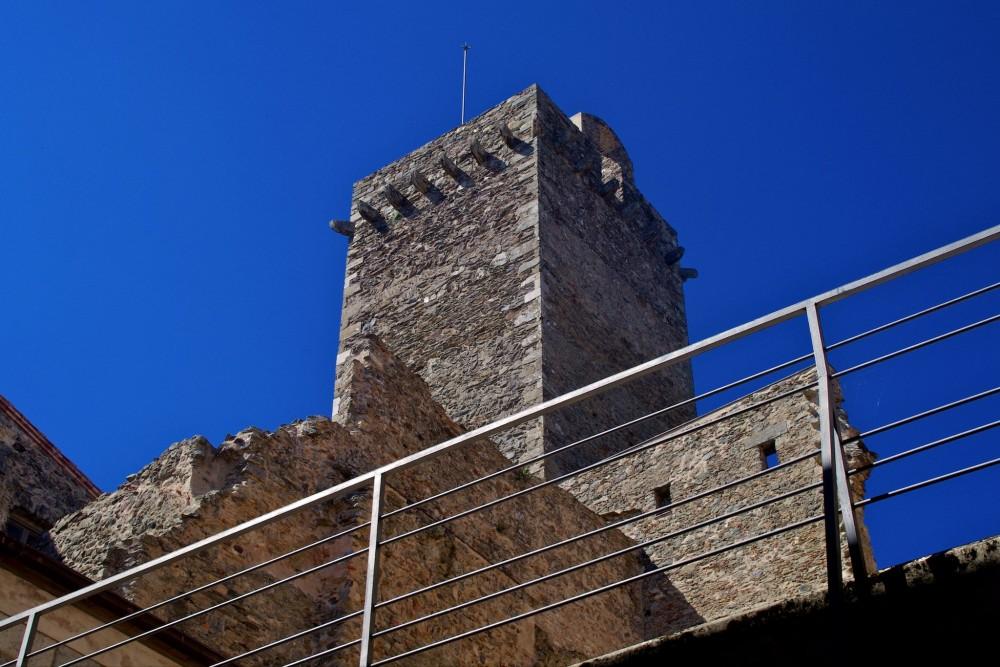 Оборонительная башня (фото: TONI MARIN GAIG)
