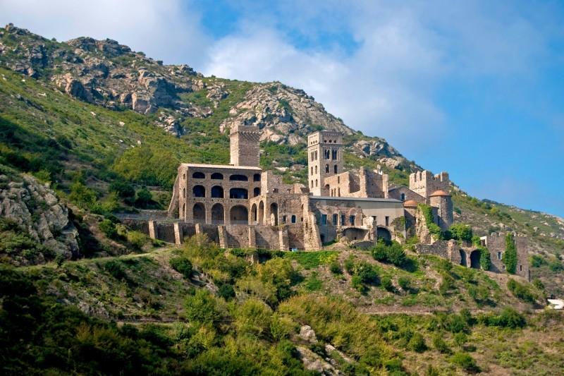 Бенедиктинский монастырь Sant Pere de Rodes