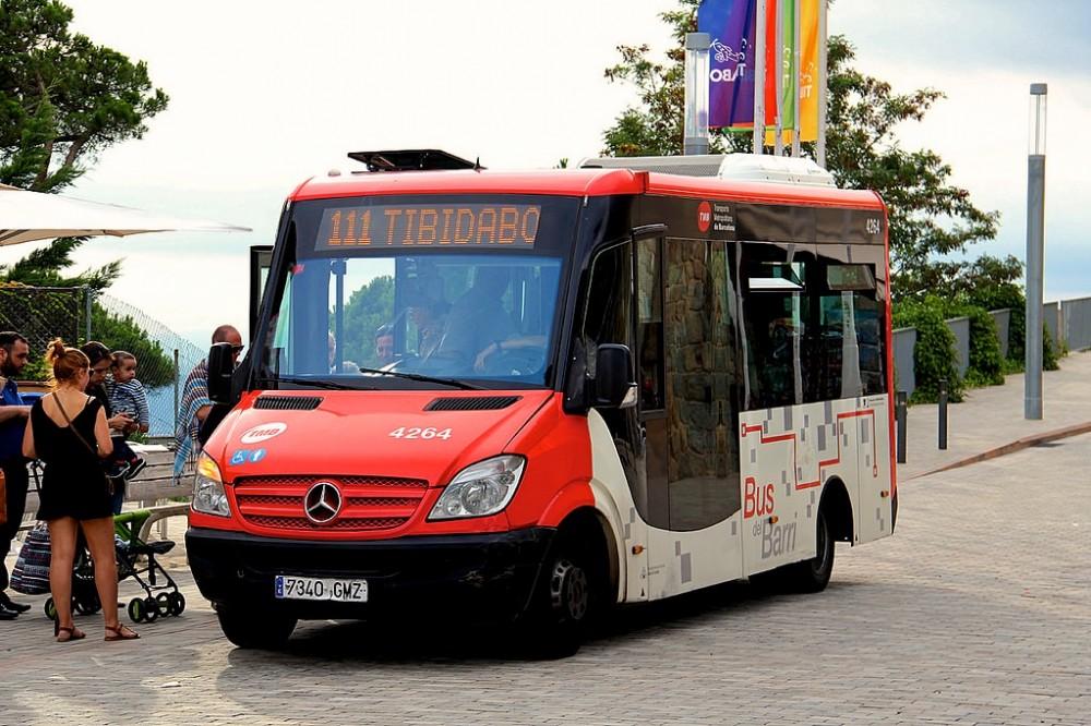 Автобус на гору Тибидабо (фото: Alex Nikolic)