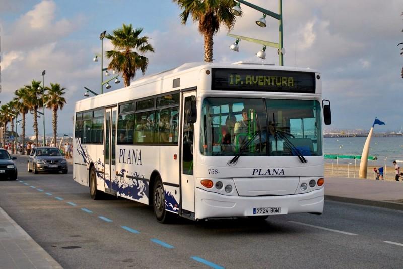 Автобус компании Плана
