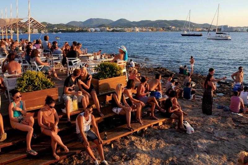 Закат в Café del Mar, Сант-Антони