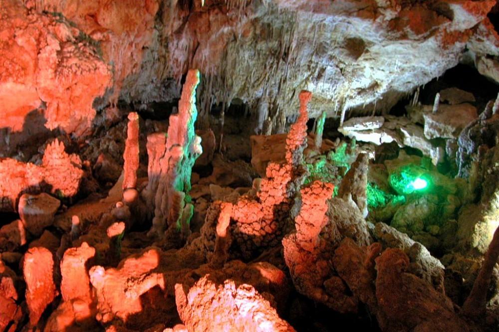 Пещера Эн Ксерони (фото: k.moellemann)