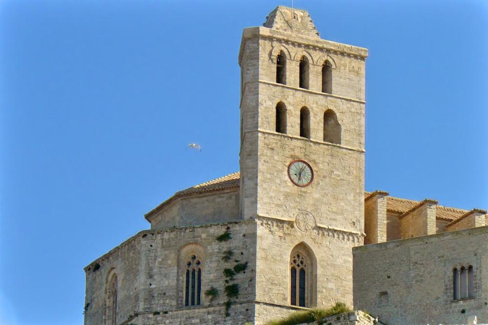 Кафедральный собор Ибицы (фото: Maria Costa Marín)