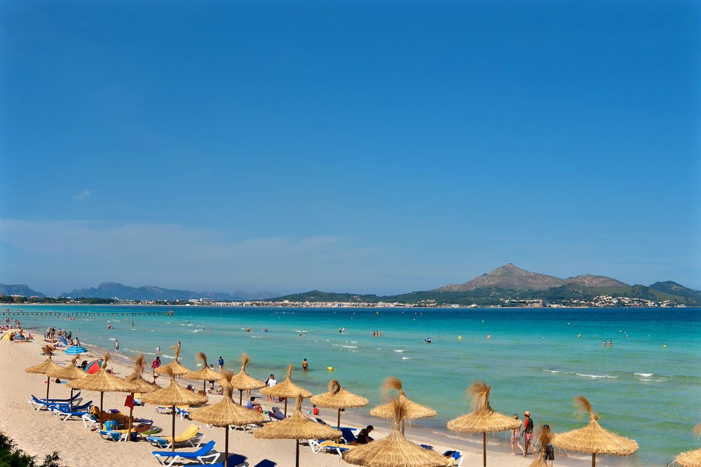 Пляж Алькудия (фото: PRINSOTEL HOTELS)