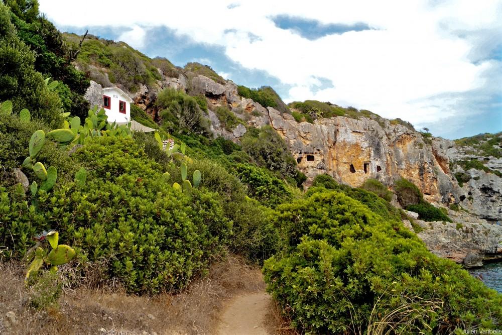 Комплекс пещер Калес-Ковес (фото: Julien Vanbelle)
