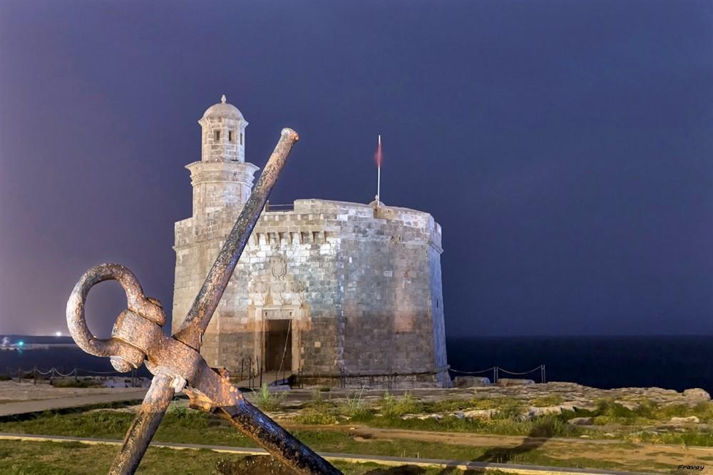Замок Сант-Николау (фото: Revelart Fotografia)
