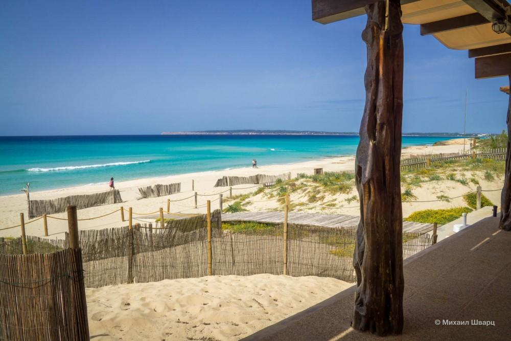 Пляж Аренальс