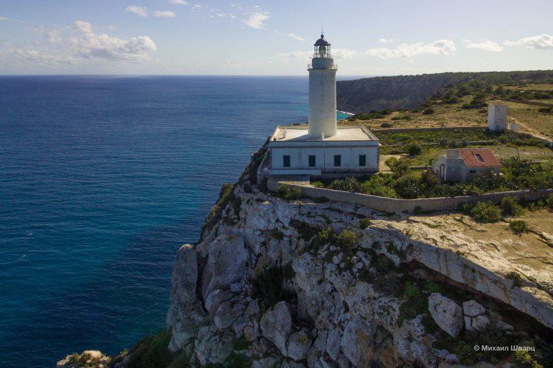 Восточный маяк Far de la Mola