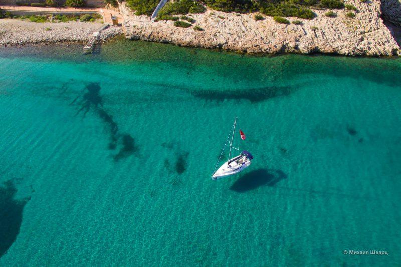 Парящая яхта