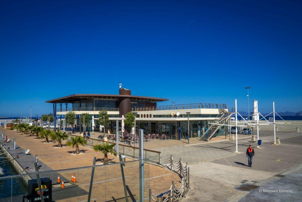 Вокзал в порту