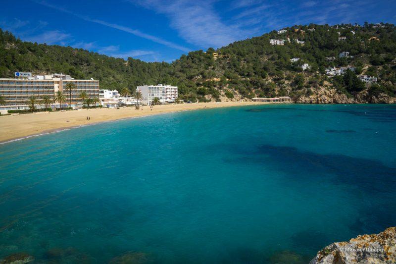 Пляж Cala Sant Vincent