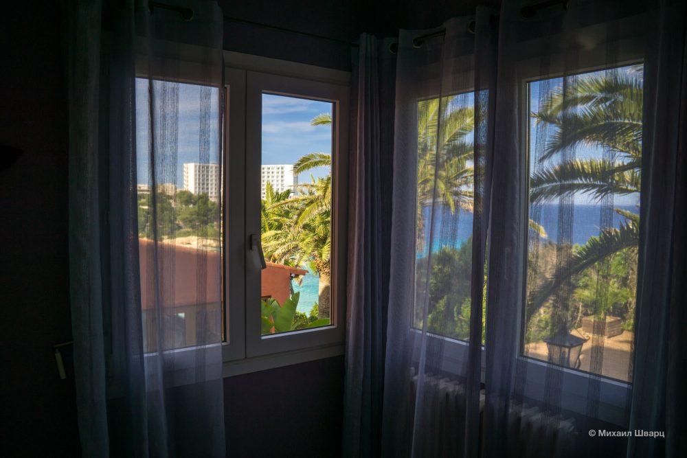 Вид из окна второй спальни