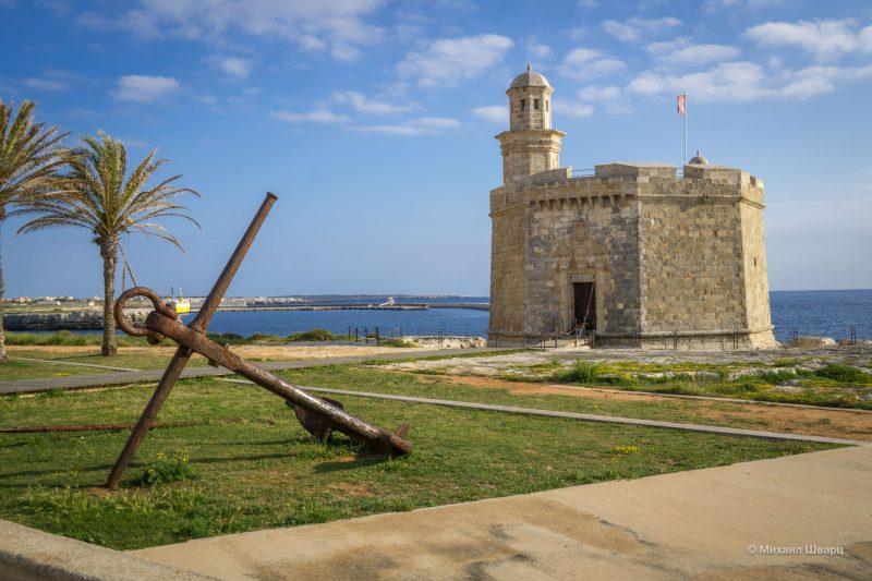Еще мини замок Castillo de Sant Nicolau
