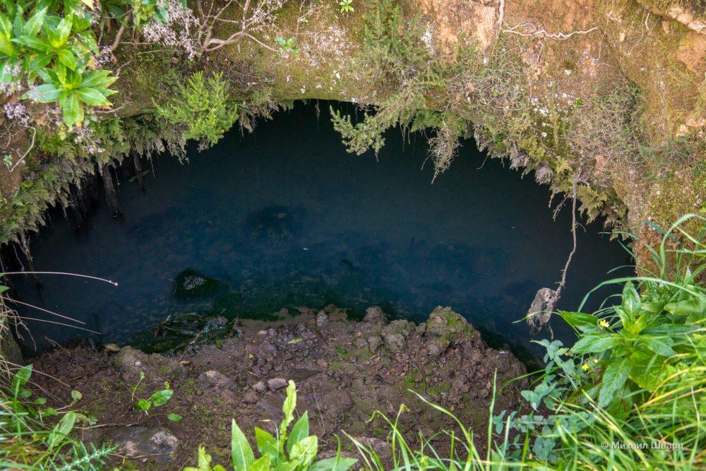 Накопители воды вырытые около Garoé