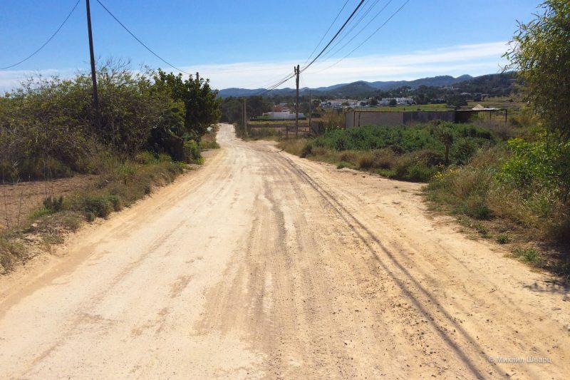 Много плохих дорог на Ибице