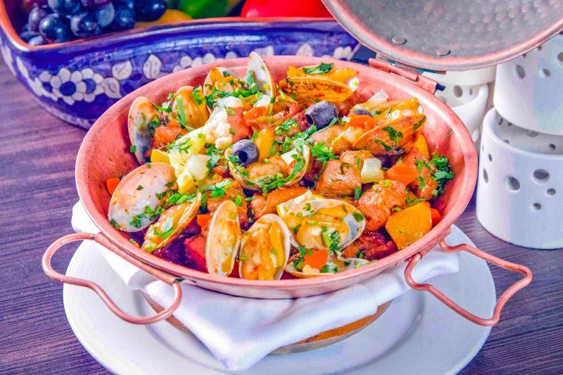 Блюдо местной кухни