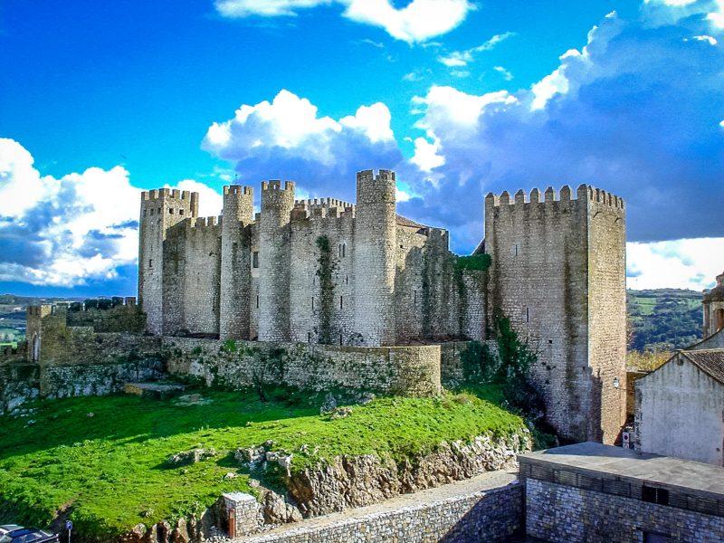 Замок Обидуш – «город Королев»
