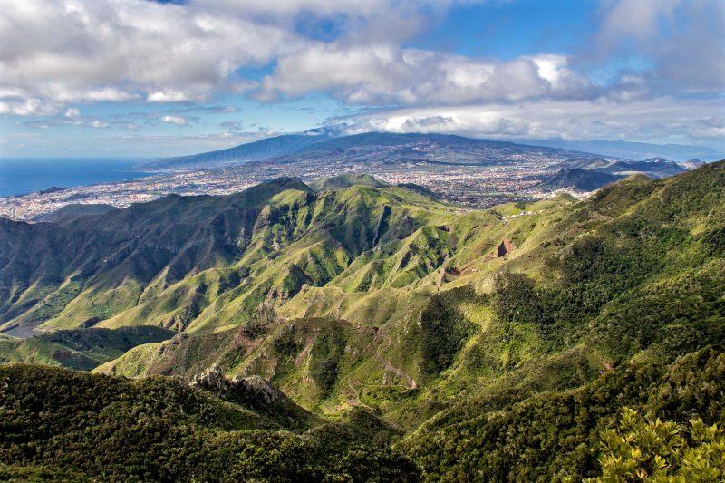 Вид с мирадор Пико-дель-Инглес