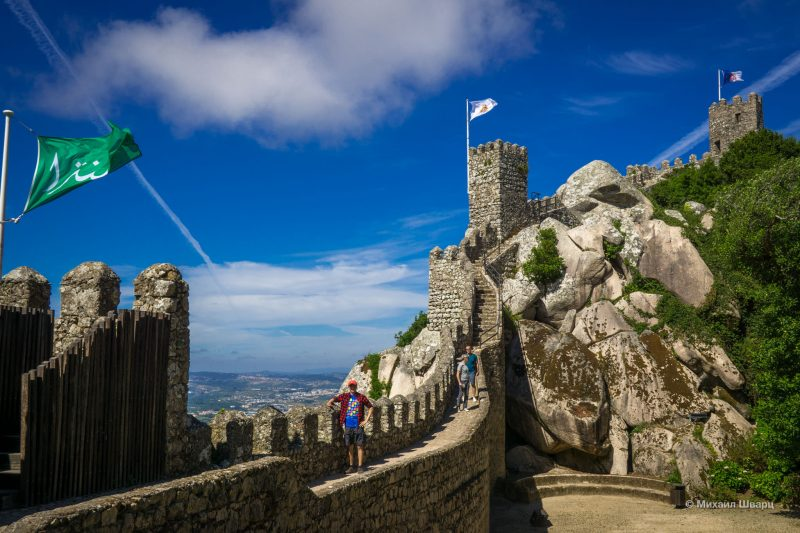 Стены мавританской крепости