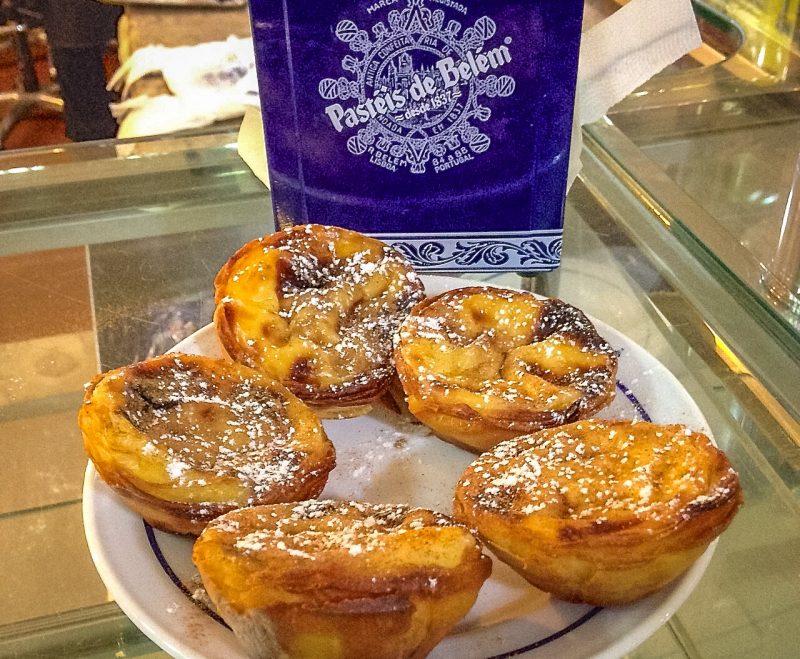 Пирожные Паштел де Белен