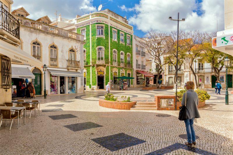 Исторический центр Лагуша – площа Luis de Camoes